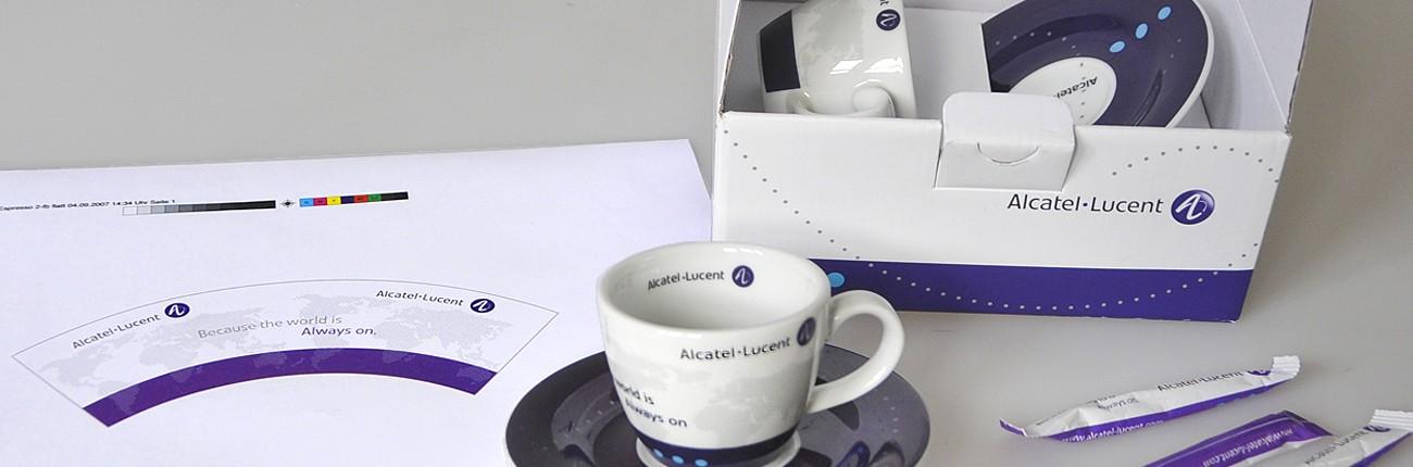 Werbegrafik Referenz Kaffeheferlgestaltung mit Verpackung